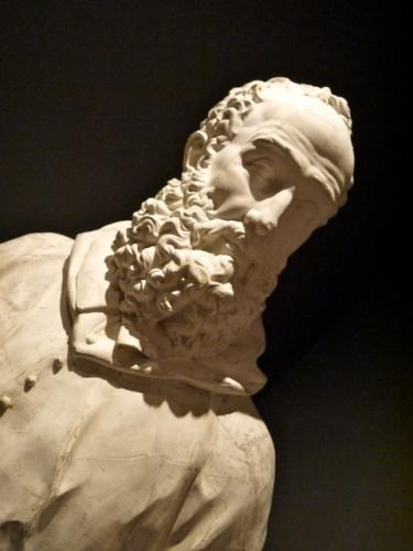 Cardinal Granvelle statue nov 17.jpg