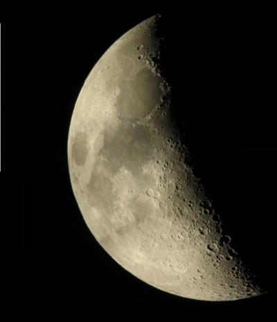 Lune en x9.jpg