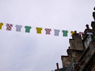 2014-06-27-banderolles maillots tour.jpg
