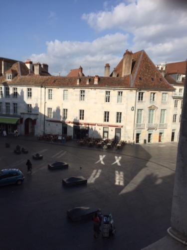 2018-04-25-place Pasteur.JPG